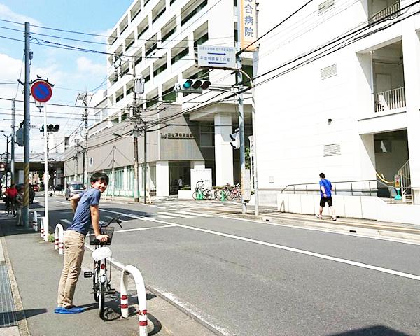 新松戸総合病院が右手にあります